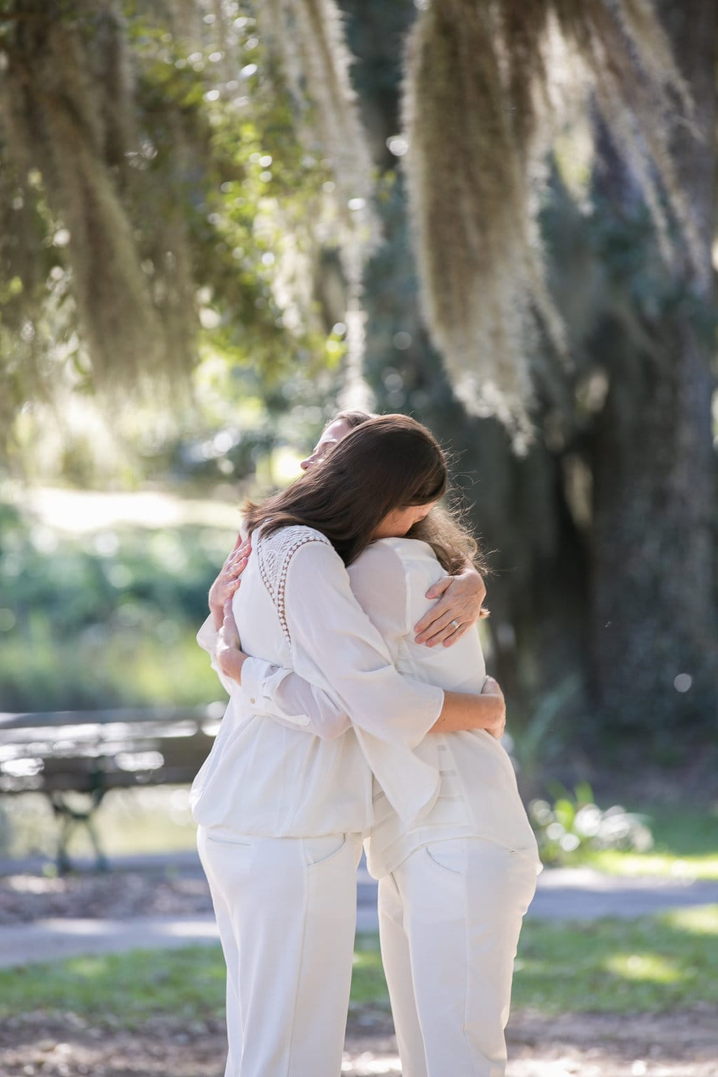 Savannah wedding at Bonaventure Cemetery
