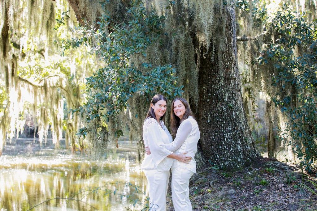 Savannah wedding photography at Bonaventure cemetery