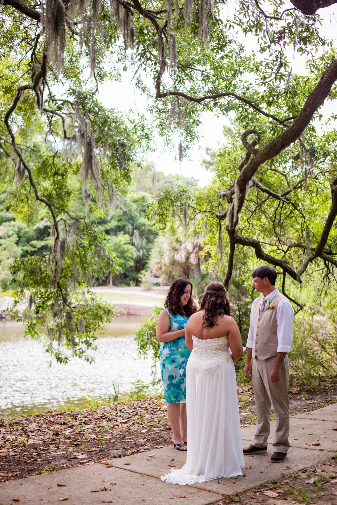 bonaventure cemetery wedding