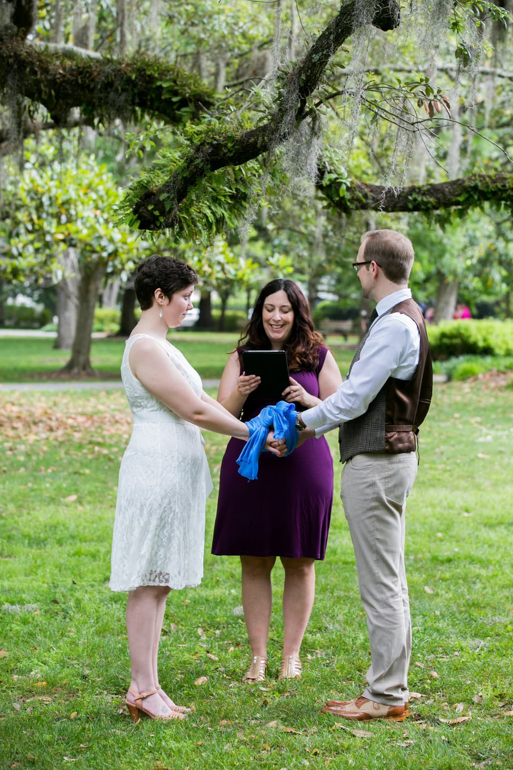 handfasting ceremony on Forsyth Park in Savannah
