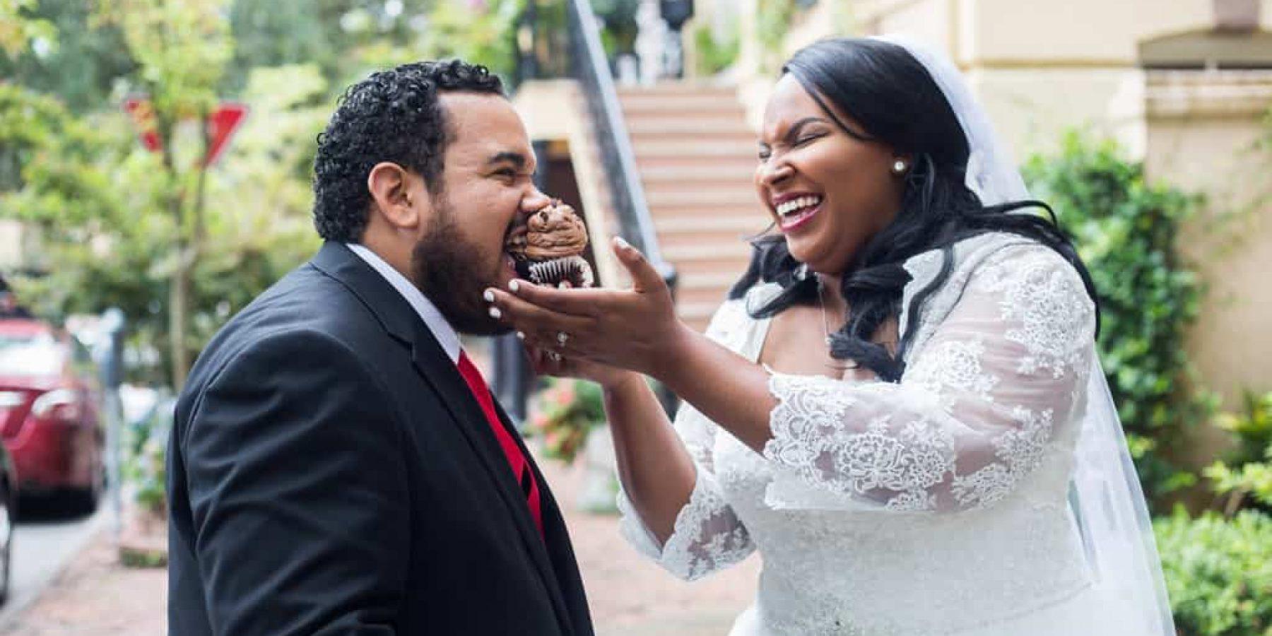 Wedding Photo Fun with Cupcakes!