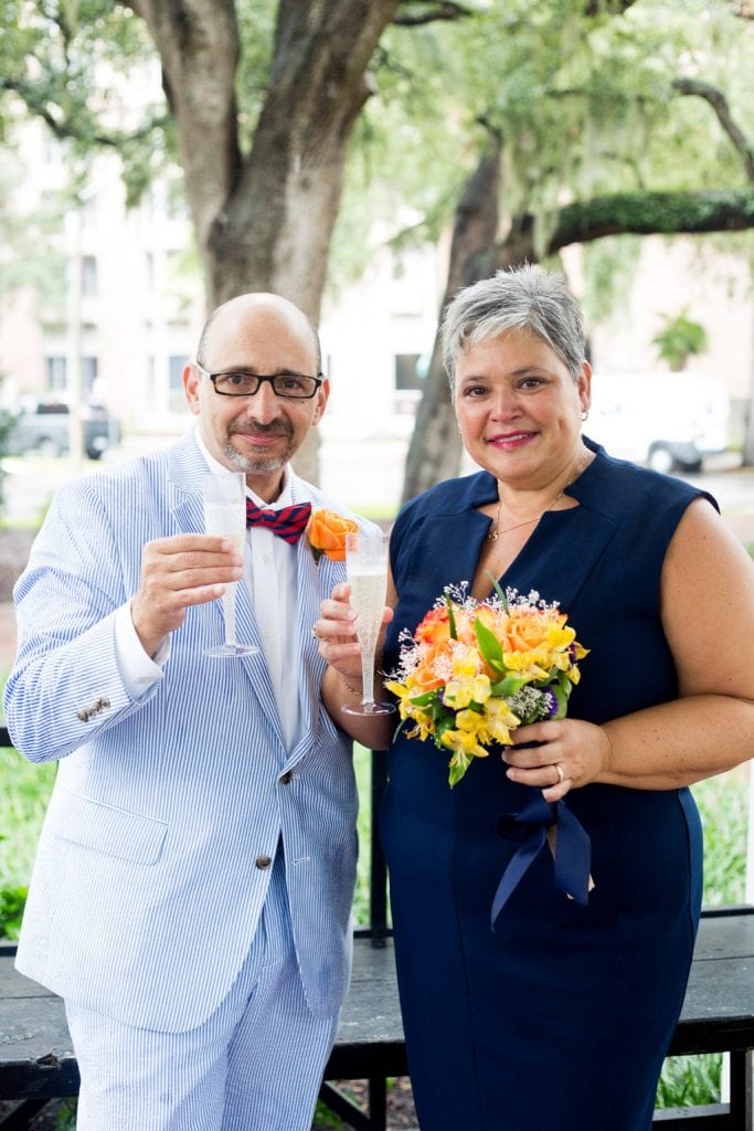 intimate wedding in whitfield square savannah