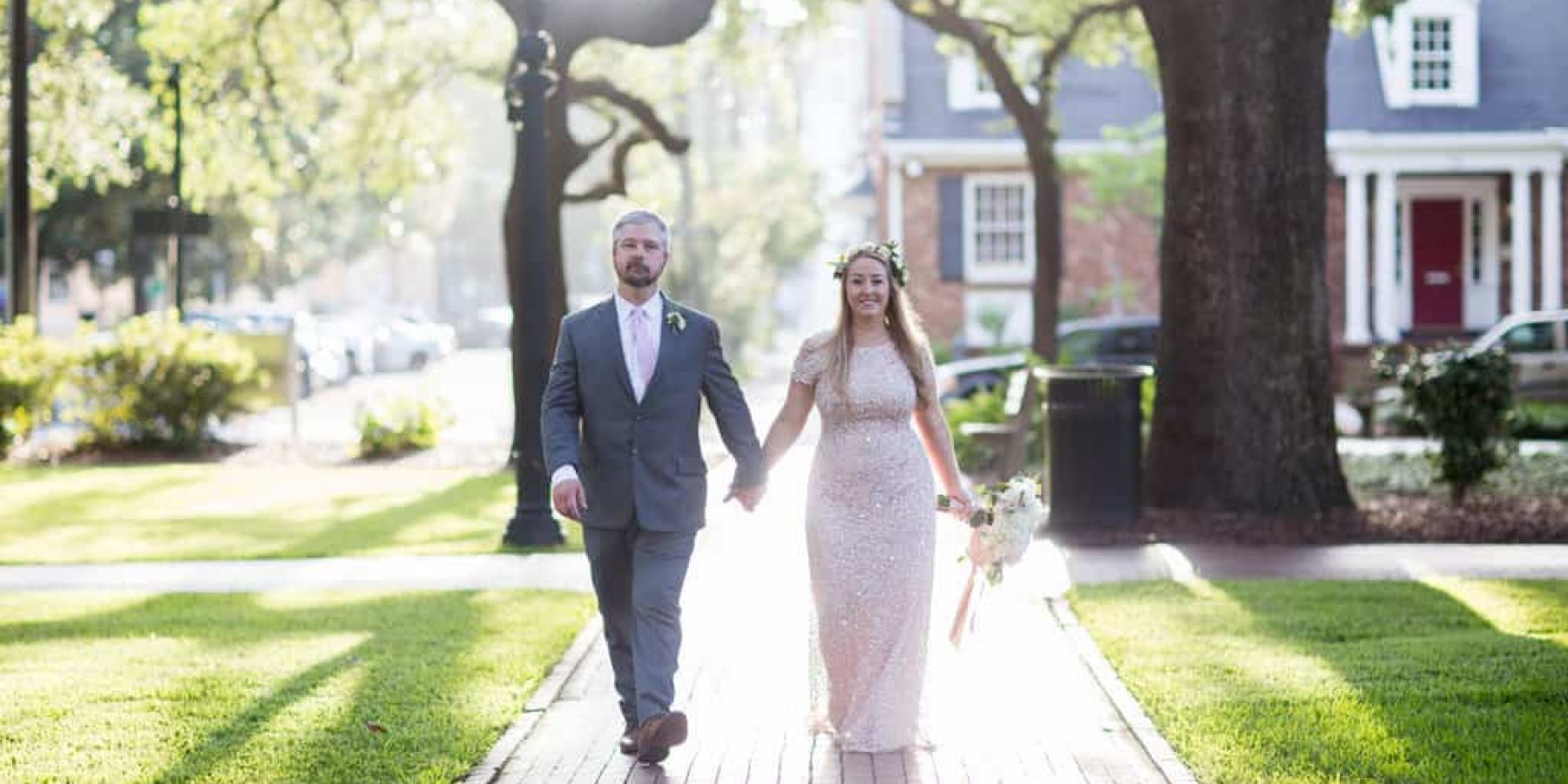What to Wear To Your Savannah Elopement: 34 Style Ideas!