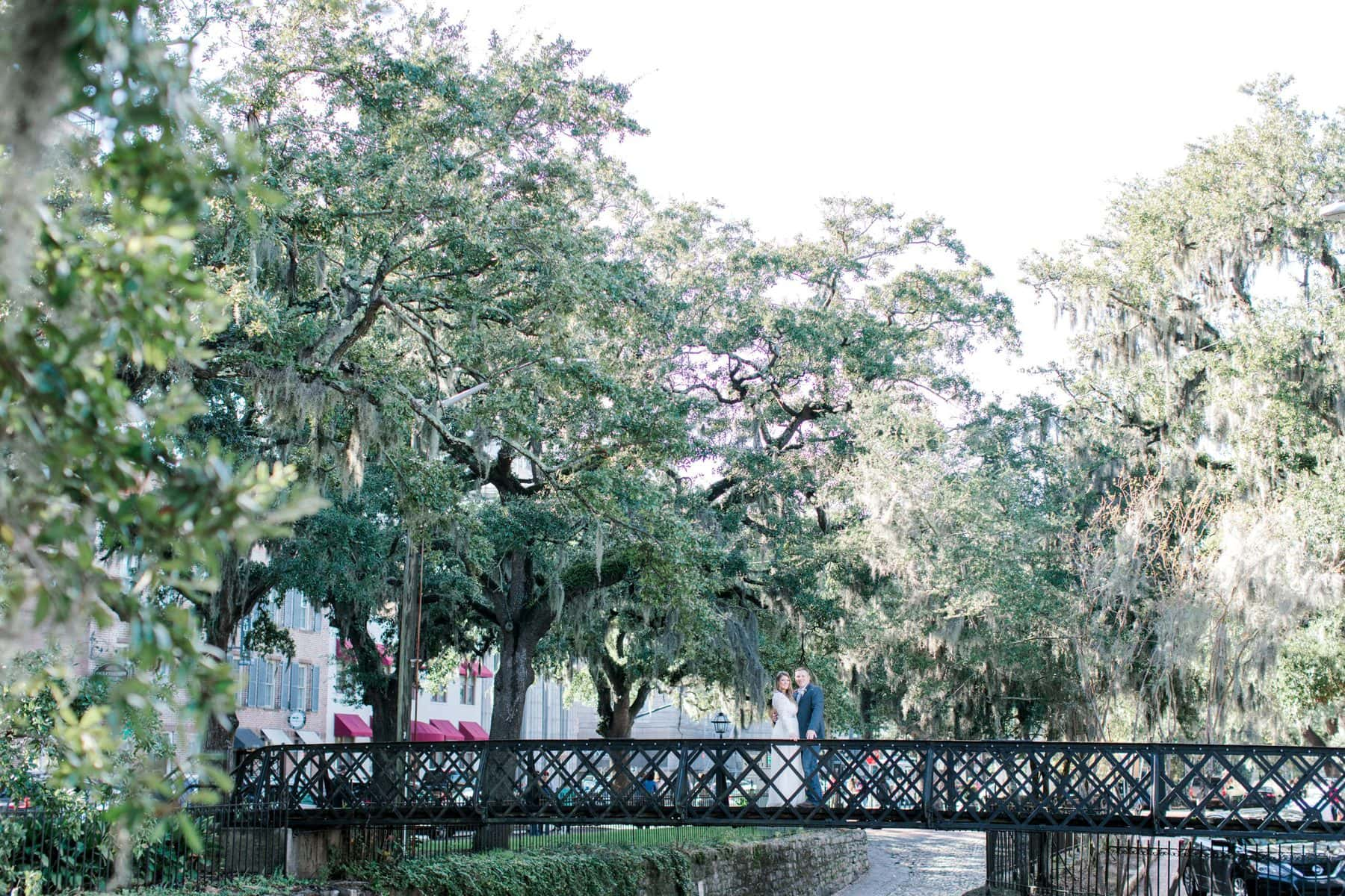 river street savannah wedding